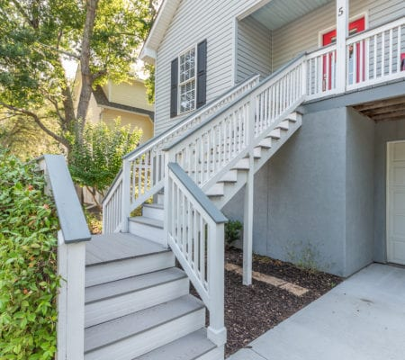 5 Mulberry Court - Stairway