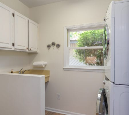 23 Isle of Pines Drive - Laundry