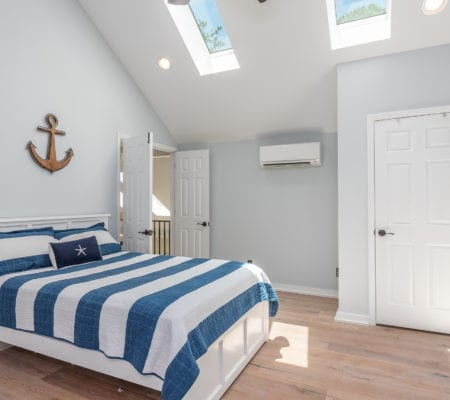 23 Isle of Pines Drive - Upper Level Bedroom