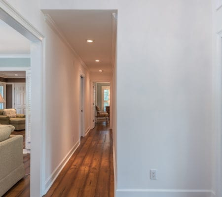 76 Baynard Cove Road - Hallway