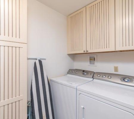 76 Baynard Cove Road - Laundry