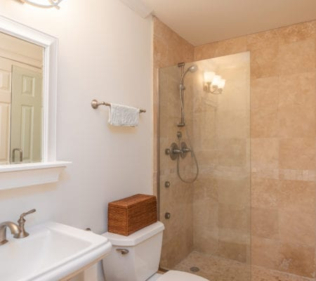 76 Baynard Cove Road - Bathroom
