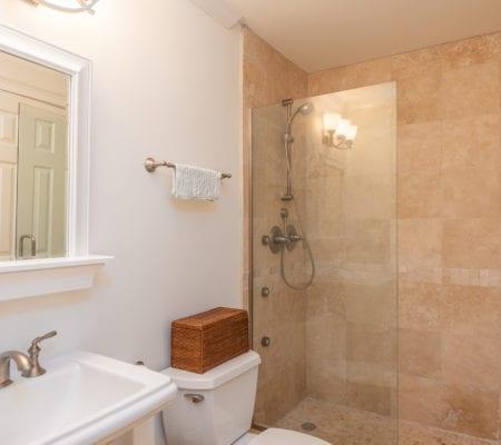 76 Baynard Cove Road - Bathroom