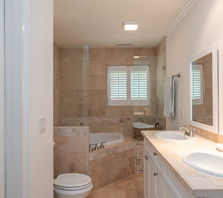 76 Baynard Cove Road - Master Bathroom