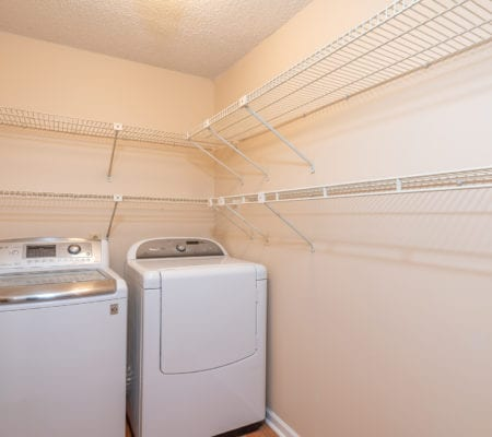 39 Three Mast Lane - Ensuite Laundry