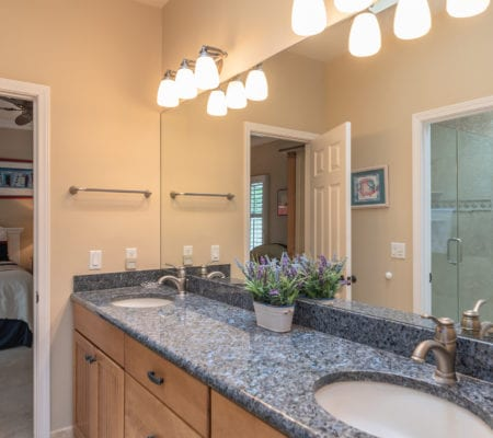 38 Gull Point Road - Master Ensuite