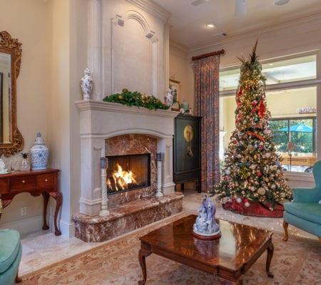 7 Seabrook Landing Drive - Fireplace