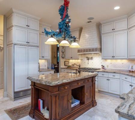 7 Seabrook Landing Drive - Kitchen