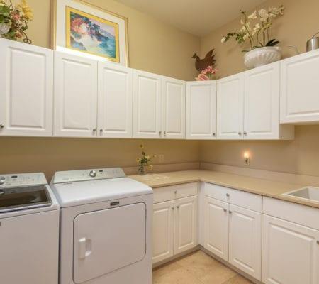 7 Seabrook Landing Drive - Laundry Room